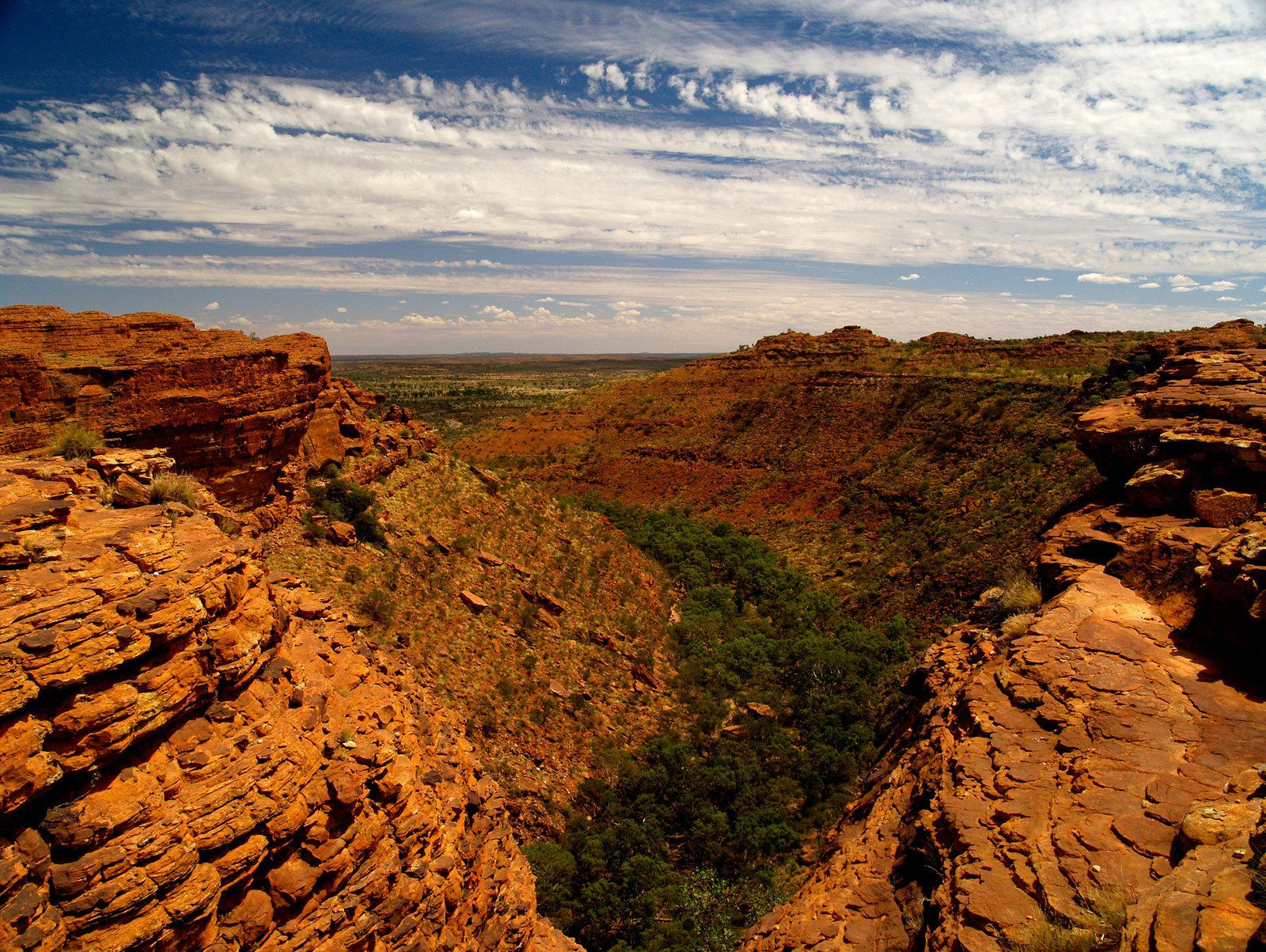 Kings Canyon, in Watarkka National Park, Northern Territory Australia