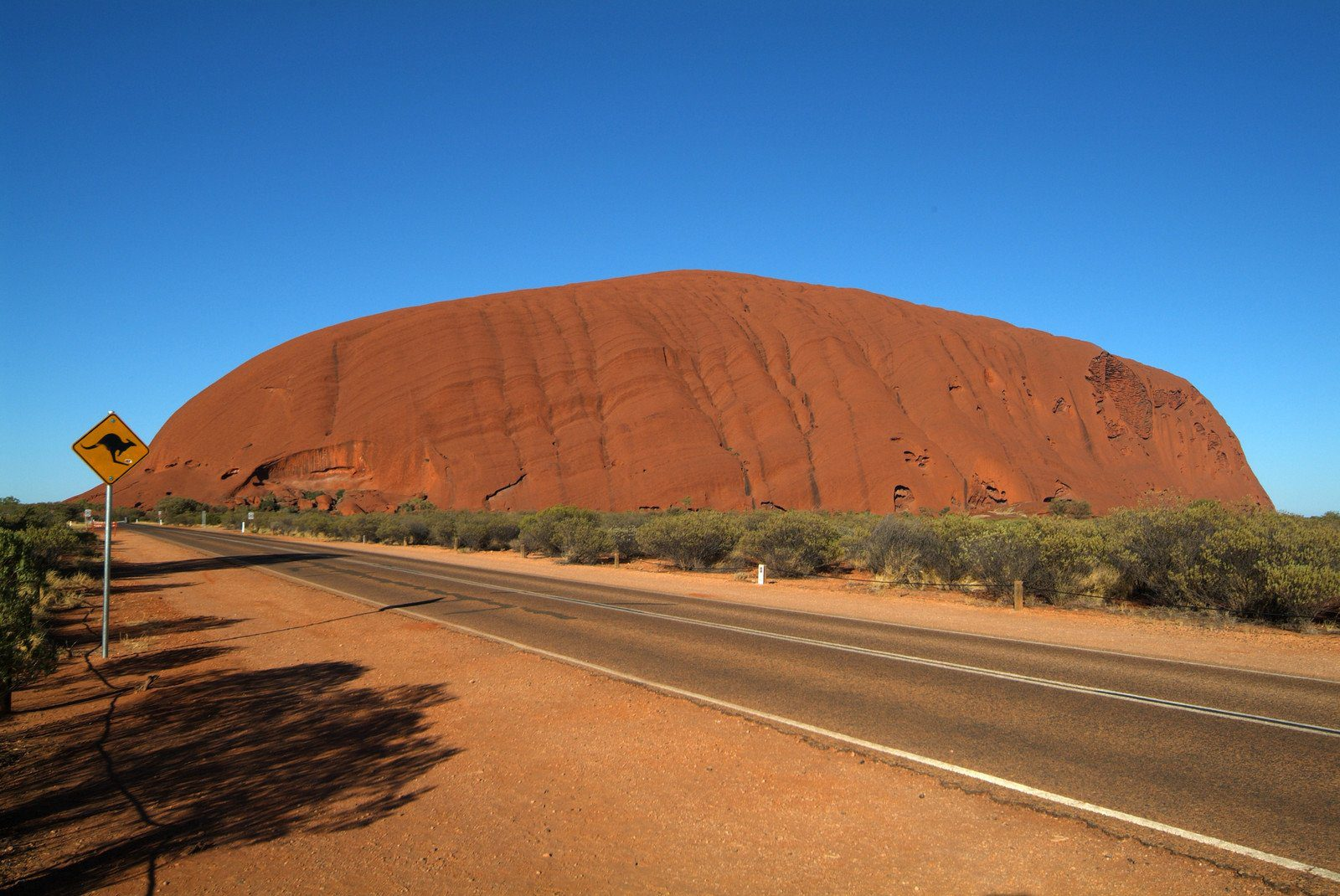 On the road to Uluru, Central Australia
