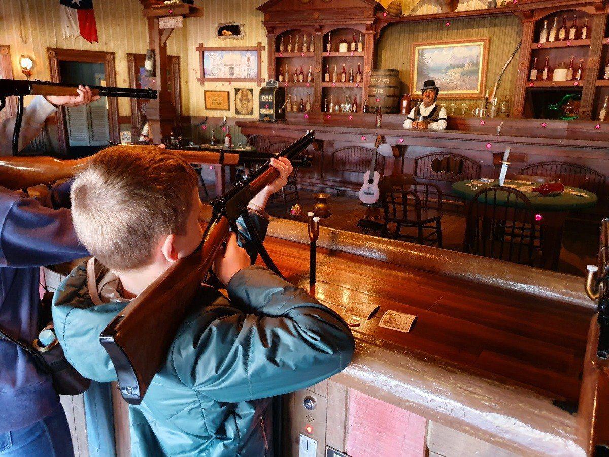 Disneyland Tokyo Shooting Gallery