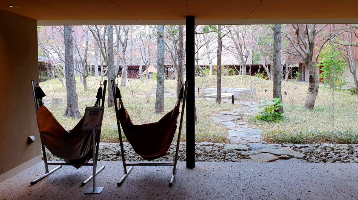 KAI Kinugawa Hammocks and Garden Courtyard