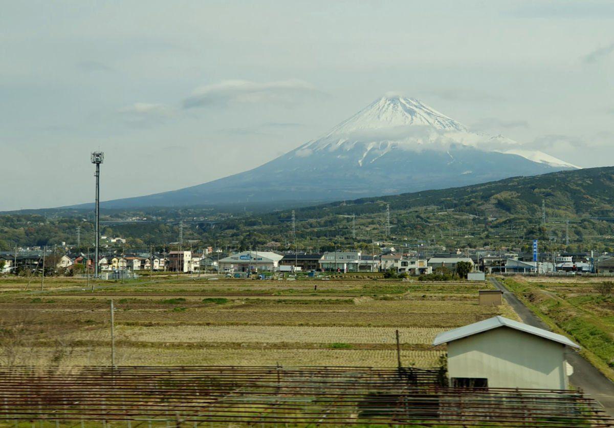 Closer views of Mt Fuji from the Shinkansen