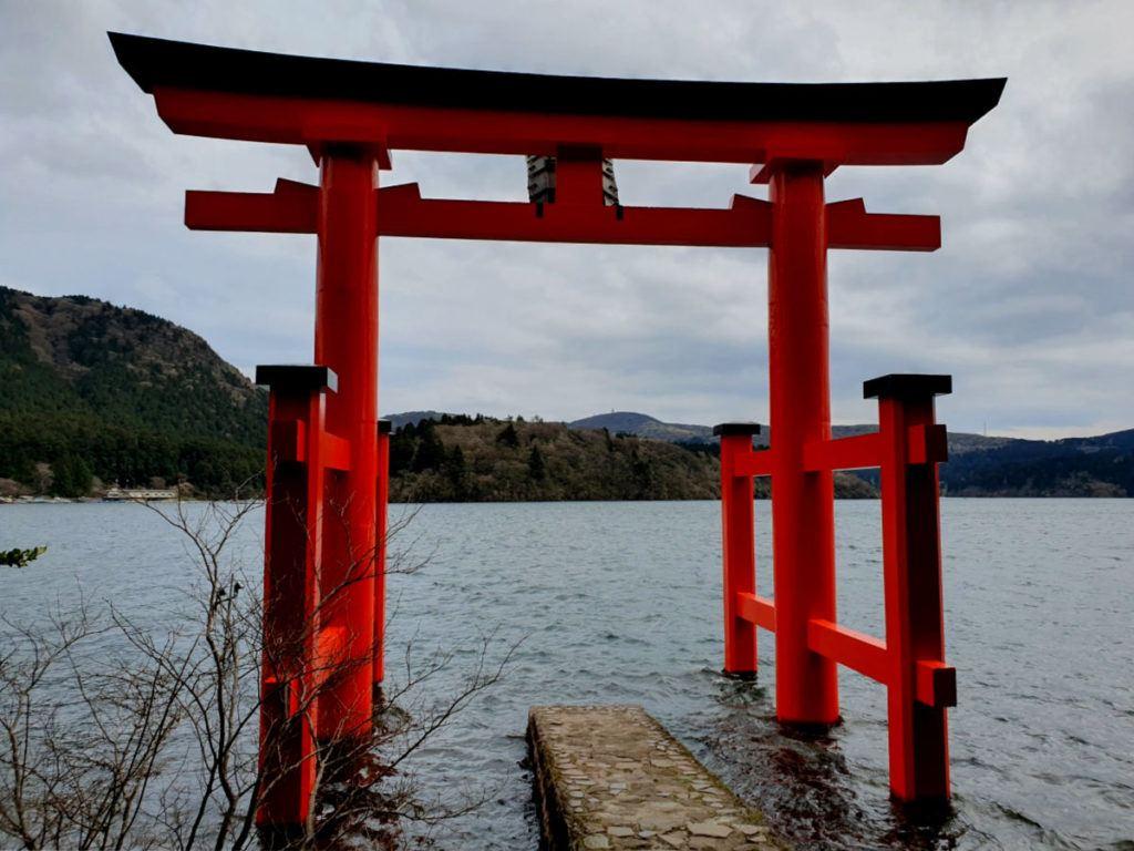 Hakone Shrine Torii Gate on Lake Ashi in Hakone