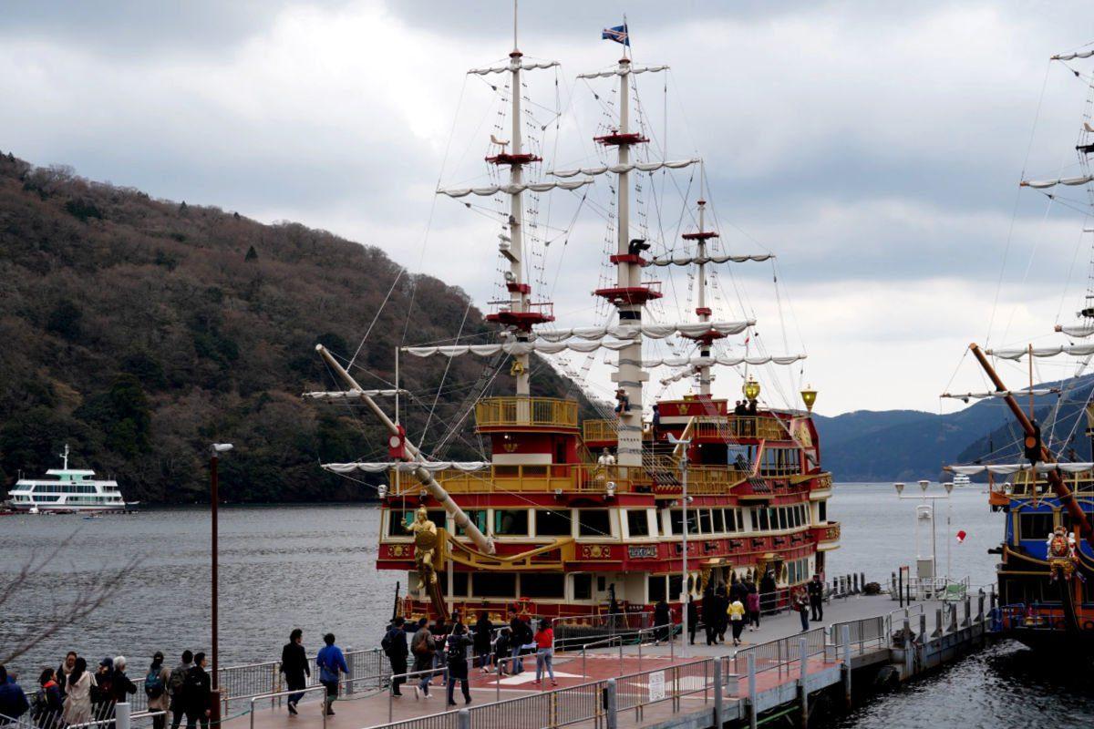 Pirate Ship Cruise on Lake Ashi in Hakone