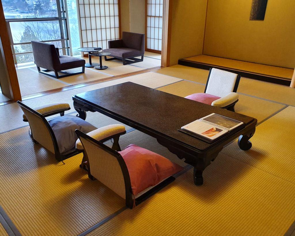 Room Furnishings in Lake View Suite