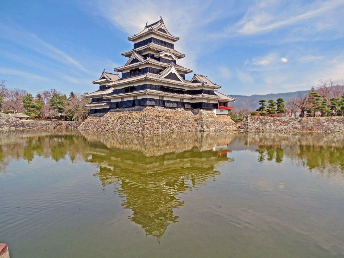 Matsumoto Castle by Wapiti Travel