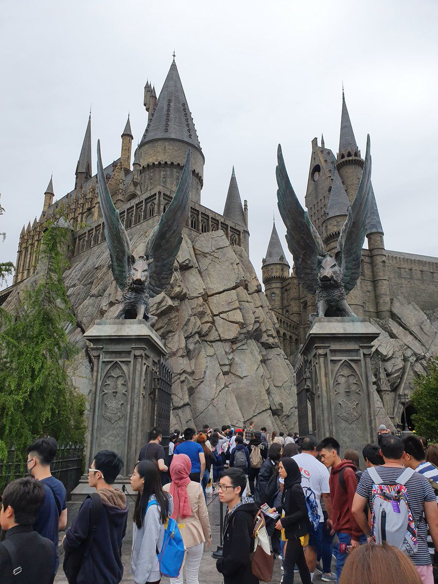 Queuing for Forbidden Journey