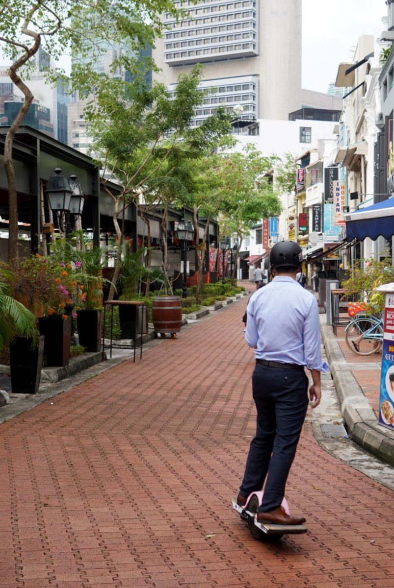 Walk through Clarke Quay in Singapore